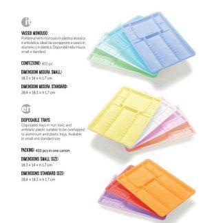 Vassoi colorati monouso in plastica